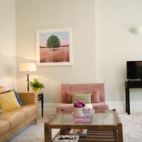Seaview Apartment - Central Hove with PARKING