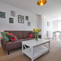 MODERN and SPACIOUS HOUSE CLOSE TO THE CITY CENTRE