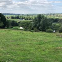 Heron's Reach - Secluded Bell Tent Glamping on Aylesbury Vale
