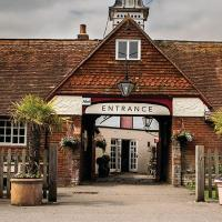 The Walhampton Arms, hotel in Lymington