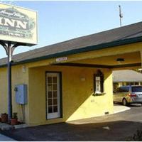 Arroyo Village Inn