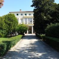 Villa Carrer