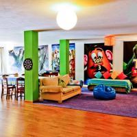Coloured Studio, hotel near Faro Airport - FAO, Faro