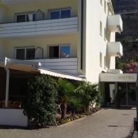 Hotel Maximilian, hotel in Merano
