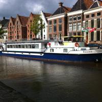 Hotelboat Zwaantje