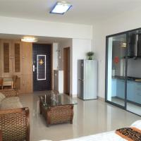 Sanya Beach Yard Apartment