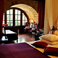 S.Nikolis' Historic Boutique Hotel