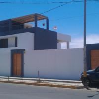 Los Libertadores Paracas Beach House