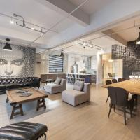 Corporate Event Venue | 4 Bedroom Loft at the Holland Hotel Montreal by Simplissimmo