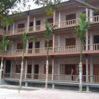 Ho Nui Dinh Hotel