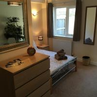 Quarters - Hadow Apartment 1