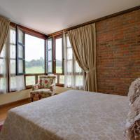 Booking.com: Hoteles en Valbucar. ¡Reserva tu hotel ahora!