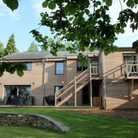 Beautiful Holiday Home with Jacuzzi and Sauna in Manhay