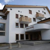 Chesa Surlej Apartment
