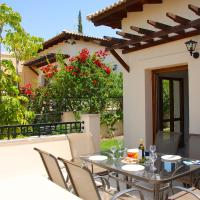 3 bedroom Villa Minami with stunning views, Aphrodite Hills Resort