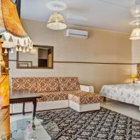 Отель Наири