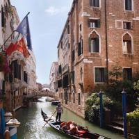 Hotel Donà Palace, hotel in Venice