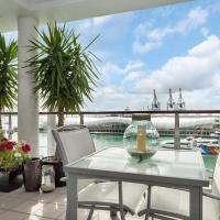 QV Upmarket Waterfront Apartment
