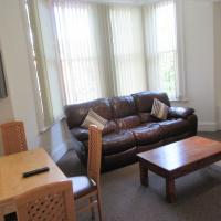 No 4 - LARGE 2 BED NEAR SEFTON PARK AND LARK LANE