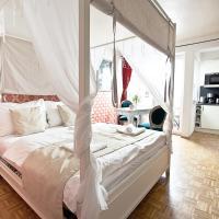 Design-Apartment Karlsplatz with Balcony