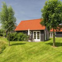 Atmospheric holiday home just 50 m. from the Oosterschelde