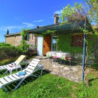 Vintage Farmhouse with Swimming Pool in Tuscany