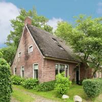 Spacious Farmhouse near Town Center in Aa en Hunze