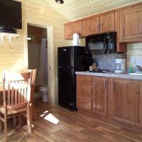 Palm Springs Camping Resort Cabin 5