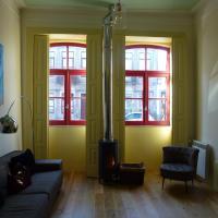 Canvas Atelier Hostel