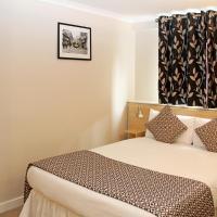 OYO Lansdowne Hotel