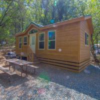Oakzanita Springs Camping Resort Cottage 4