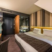 All Seasons Residence Hotel: Sofya'da bir otel