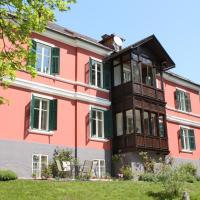 Villa Adrienne