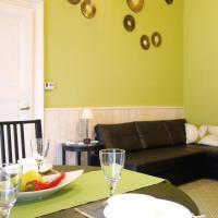 Vivid Rozsa Apartment