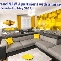 Astra 3 - Large Apartment with Terrace