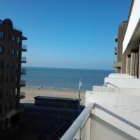 Zonnig Appartement met Zeezicht