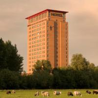 Van der Valk Hotel Houten Utrecht </h2 </a <div class=sr-card__item sr-card__item--badges <div class= sr-card__badge sr-card__badge--class u-margin:0  data-ga-track=click data-ga-category=SR Card Click data-ga-action=Hotel rating data-ga-label=book_window:  day(s)  <i class= bk-icon-wrapper bk-icon-stars star_track  title=4 sterren  <svg aria-hidden=true class=bk-icon -sprite-ratings_stars_4 focusable=false height=10 width=43<use xlink:href=#icon-sprite-ratings_stars_4</use</svg                     <span class=invisible_spoken4 sterren</span </i </div   <div style=padding: 2px 0  <div class=bui-review-score c-score bui-review-score--smaller <div class=bui-review-score__badge aria-label=Score 8,7 8,7 </div <div class=bui-review-score__content <div class=bui-review-score__title Heerlijk </div </div </div   </div </div <div class=sr-card__item   data-ga-track=click data-ga-category=SR Card Click data-ga-action=Hotel location data-ga-label=book_window:  day(s)  <svg alt=Locatie accommodatie class=bk-icon -iconset-geo_pin sr_svg__card_icon height=12 width=12<use xlink:href=#icon-iconset-geo_pin</use</svg <div class= sr-card__item__content   Houten • <span 2,1 km </span  van het centrum </div </div </div </div </div </li <div data-et-view=cJaQWPWNEQEDSVWe:1</div <li id=hotel_3085749 data-is-in-favourites=0 data-hotel-id='3085749' class=sr-card sr-card--arrow bui-card bui-u-bleed@small js-sr-card m_sr_info_icons card-halved card-halved--active   <div data-href=/hotel/nl/borneman-buitenhof.nl.html onclick=window.open(this.getAttribute('data-href')); target=_blank class=sr-card__row bui-card__content data-et-click=  <div class=sr-card__image js-sr_simple_card_hotel_image has-debolded-deal js-lazy-image sr-card__image--lazy data-src=https://r-cf.bstatic.com/xdata/images/hotel/square200/129369842.jpg?k=563a823af8e2aabbbca6fe0dcdaf0f2702b824731ac4629c9bb7a87b4cad6c93&o=&s=1,https://r-cf.bstatic.com/xdata/images/hotel/max1024x768/129369842.jpg?k=6fa49ecdb1b12fd7b79a800db86671cd1