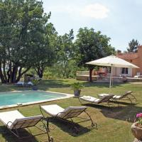 Spacious Villa in Reillanne with Swimming Pool