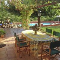 Spacious Holiday Home in Villecroze with Swimming Pool