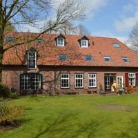 Sprawling Farmhouse in Mill with Fenced Garden