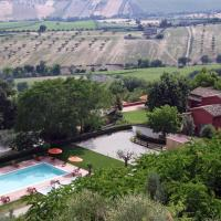 Beautiful Cottage in Colonnella with Swimming Pool