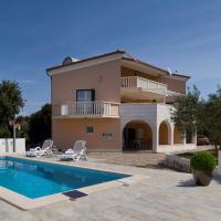 Villa Omnes