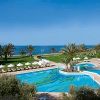 Constantinou Bros Athena Royal Beach Hotel, hotel em Pafos