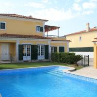 Spacious Villa in Azeitão (with private pool)