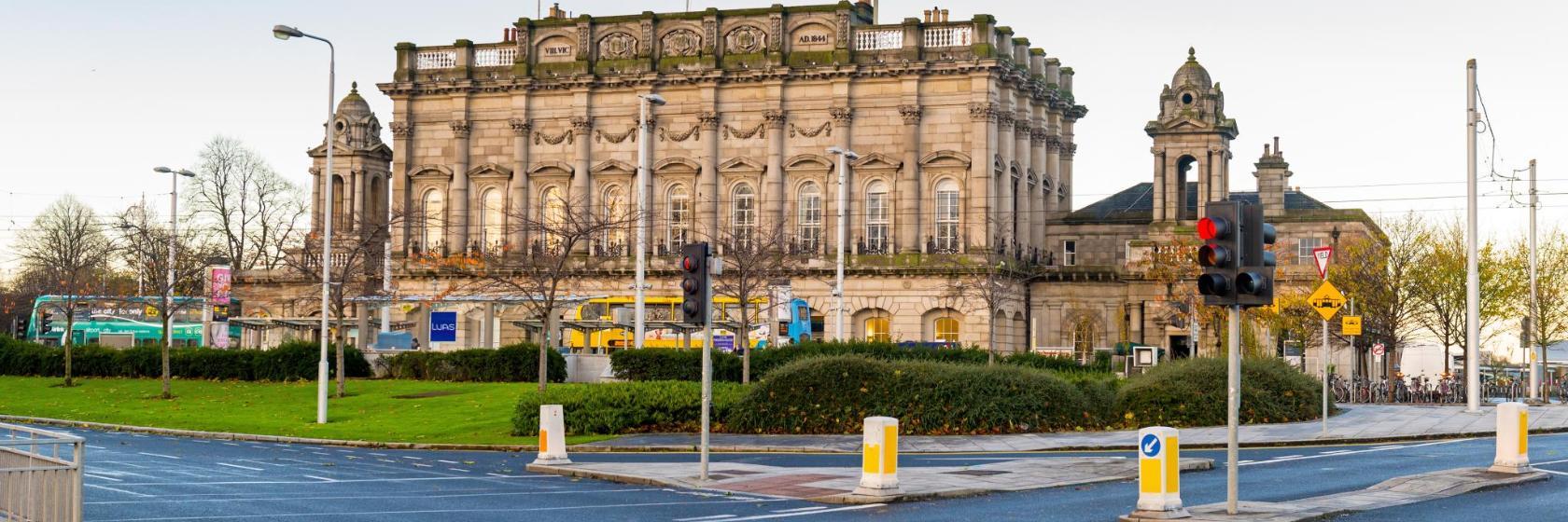 Los 10 mejores hoteles cerca de Estación de tren de Heuston ...