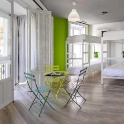 Hostels  90 hostels in Barcelona