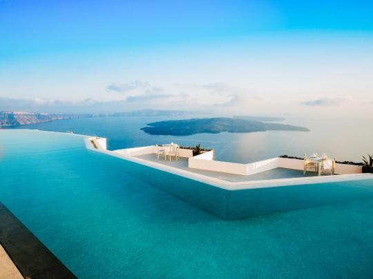 9 przepięknych basenów bez krawędzi
