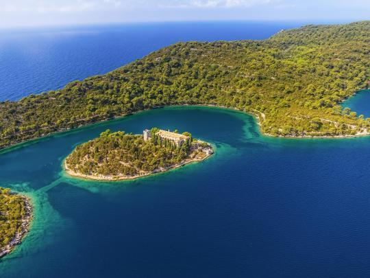 7 isole europee dall'atmosfera tropicale