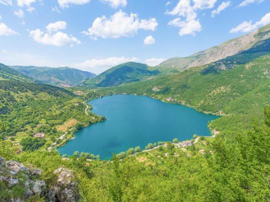 5 magnifici laghi italiani tutti da scoprire
