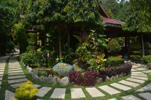 Junia Guesthouse & Restaurant